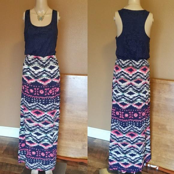 07f80c82f Trixxi Striped Tribal BLUE Lace Maxi Dress. M_5a85b5165521be8f18c8768f